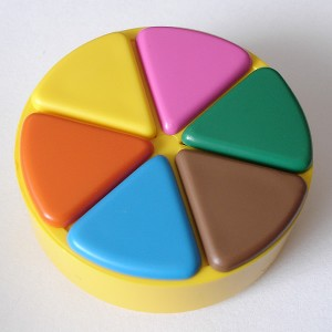 http://upload.wikimedia.org/wikipedia/commons/7/77/Trivialpursuit_Token.jpg